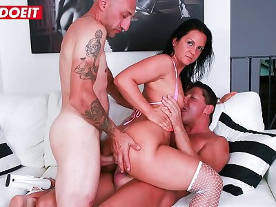 AMATEUR EURO - Italian Brunette Barbara Devil Experience DP In Dirty Auditions